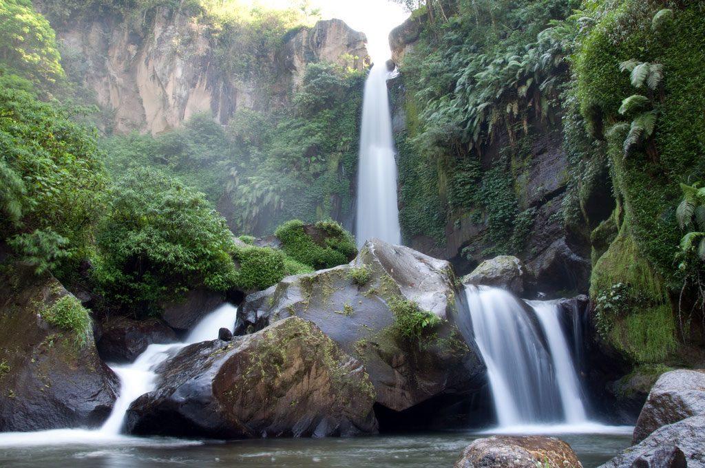 Air-terjun-Coban-Talun-di-Batu-Malang